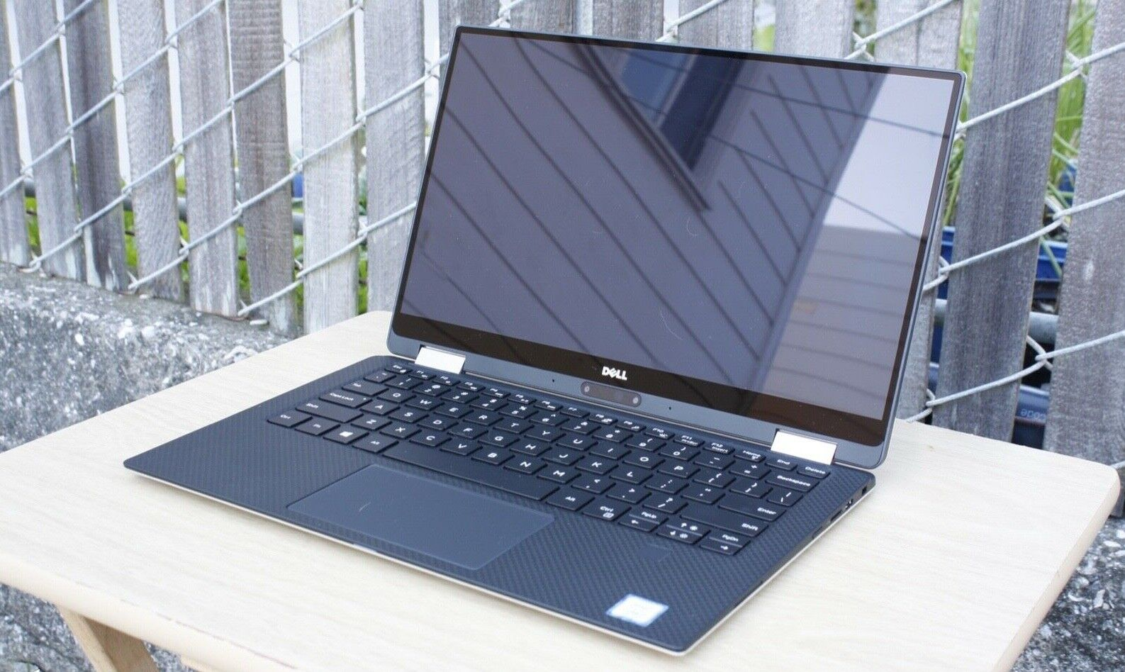 Dell XPS 13 9365 2-in-1 Tablet & Laptop - Core i7 4K 3200x1800 Touch 512GB 8GB 8