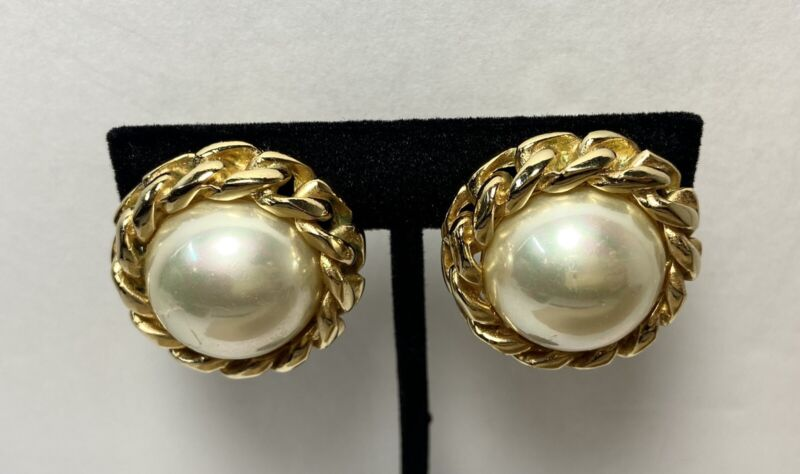 """Signed CHRISTIAN DIOR Vintage Clip On Earrings Faux Pearls Gold Tone 1"""" READ ALL"""