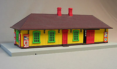 MTH RAIL KING M & M'S COUNTRY PASSENGER STATION o gauge train building  30-90456