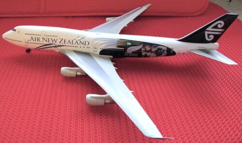 "Air New Zealand 747-400 ""All Blacks"",BBOX209, 1:200"
