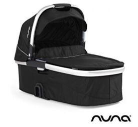 Nuna Ivvi Carrycot (Caviar) Black
