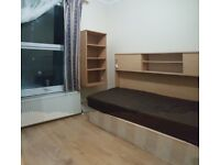 FULLY FURNISHED - SINGLE ROOM - WOOD FLOORING - £380 PM - ALL BILLS INCLUDED - CLOSE TO STAT