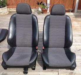 Mg ZS saloon seats