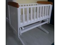 Disney Winnie the Pooh Gliding Crib & Mattress - White with Pine Trim