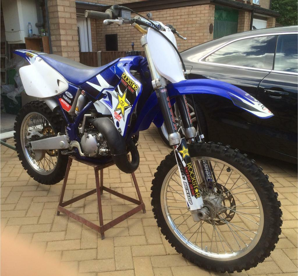 2001 Yamaha YZ 125 Motocross Bike