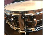 Tama Snare Drum - 14x5 loud crisp and well used!!