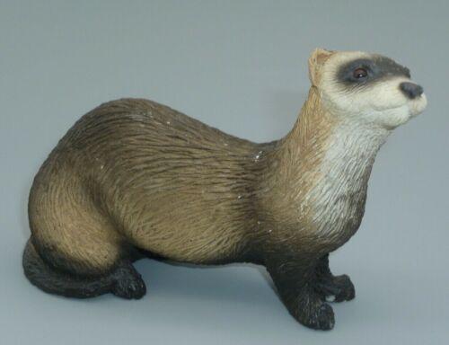 Sandicast Sable Ferret Weasel Statue Figure Cast Stone Ferrets