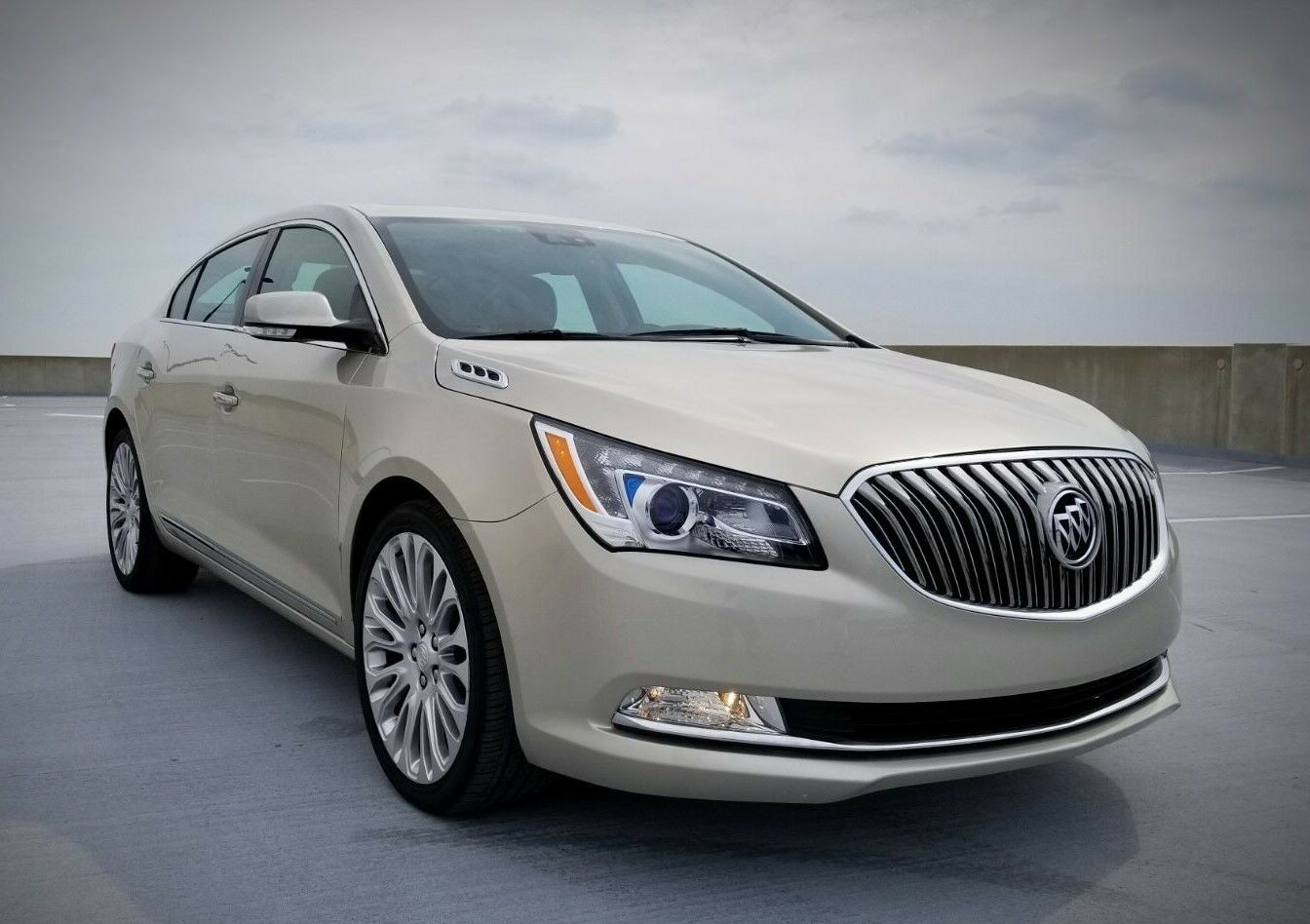 2014 buick lacrosse premium sedan 4 door used buick lacrosse for sale in dearborn heights. Black Bedroom Furniture Sets. Home Design Ideas