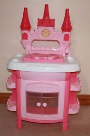 Pink Toy Castle Cooker - Excellent Condition