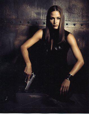 Jennifer Garner Alias Full Color 8 X 10 Photo