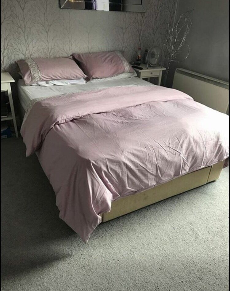 Furniture Village Insurance furniture village king size bed with 1 large draw and mattress