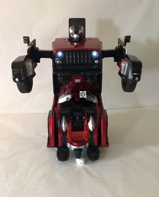 Remote Control Red Transformer Toy Jeep JIAQI T665 2 4G New In Box