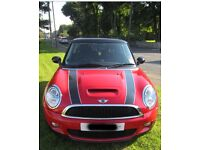 MINI COOPER S. ULTRA LOW 15947 MILES. LOTS OF EXTRAS. PANORAMIC SUNROOF. 12 MONTHS MOT. IMMACULATE