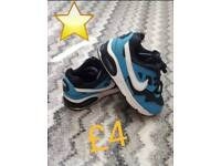 NIKE Trainers for Boy size 8