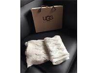 Ugg Australia scarf with box