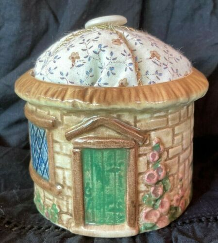 VINTAGE CERAMIC ENGLISH COTTAGE PIN CUSHION COLLECTABLE BY SHAW COPESTAKE