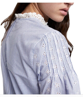 New With Tag Zara Striped Long Sleeves Blouse. Large Size. Retail$50.00