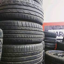 1 x 235/55R17 tyre with 5mm tread