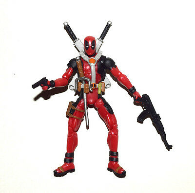 "Marvel Universe 3.75"" Deadpool Loose Action Figure"