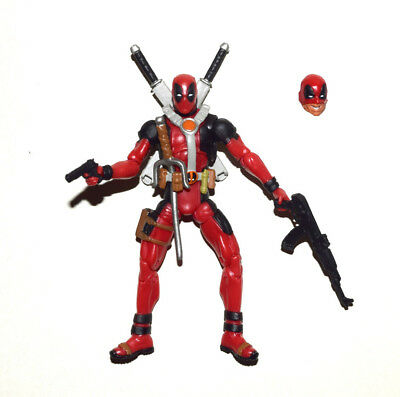 """Marvel Universe 3.75"""" Deadpool with a Extra Half Masked Head Loose Action Figure"""
