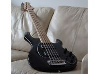 Music Man Stingray 5HH - 5 String Bass. - Made in USA