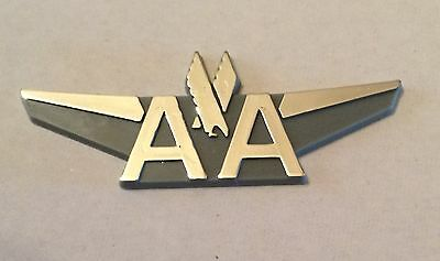 Vintage American Airlines Junior Pilot Wings Wing Plastic Stick Back