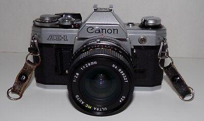 35-мм камеры 35mm Canon AE-1 Camera
