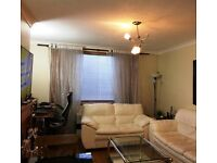 **Spacious 1 Bedroom Flat + Private Garden + Free On Street Parking for Rent on Private Basis**