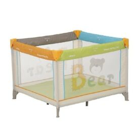 Hauck Dream'n Play Square Playpen/Travel cot