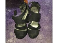 Size 4 new look shoes