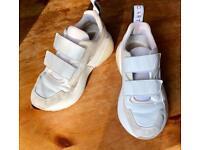 Stella McCartney sneakers Genuine