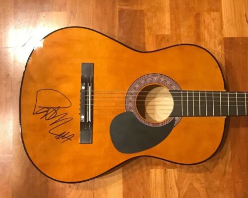 * PAT MONAHAN * signed autographed acoustic guitar * TRAIN * 1
