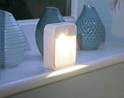 LED Wireless Battery Operated PIR Motion Sensor Wall Security Night Light Lamp