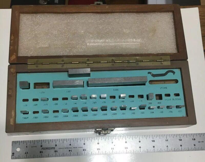Vintage Brown & Sharpe gage block set w/case 26 Pieces