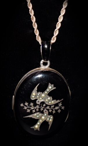 ABSOLUTELY SPECTACULAR! Antique *ENAMEL STERLING JEWELED* Bird *MOURNING LOCKET*