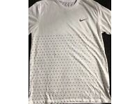 Men's Nike white T-shirt