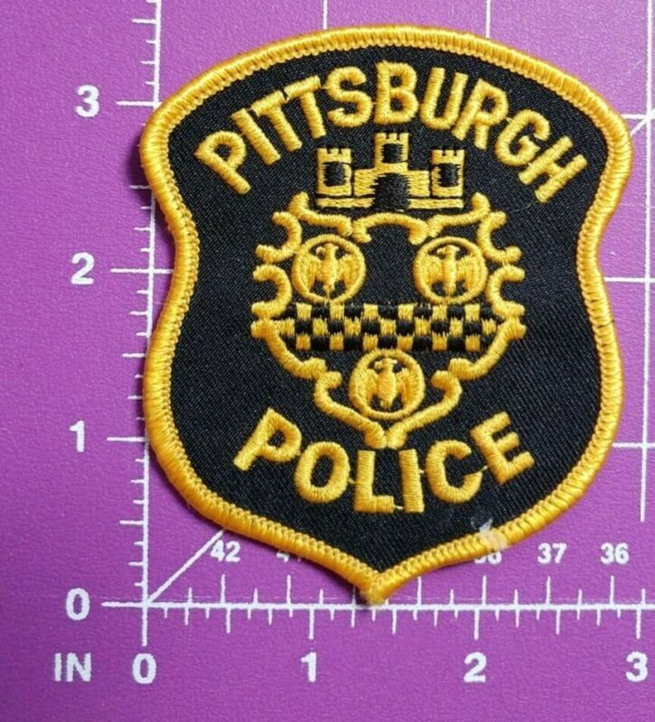 Vintage Pittsburgh Pennsylvania POLICE-shoulder patch