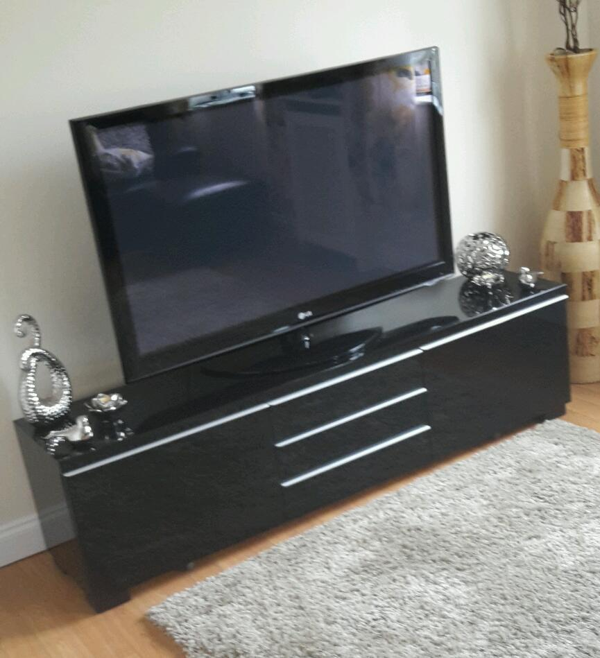 Sold Pending Collection Ikea Tv Stand Unit Besta Burs
