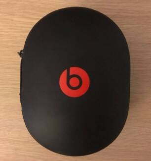 Beats Studio 2.0 Wired Noise Canselling Over-Ear Headphones B0500