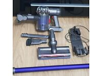 Dyson v6 cordless bagless vacuum cleaner BRAN NEW DYSON BATTERY