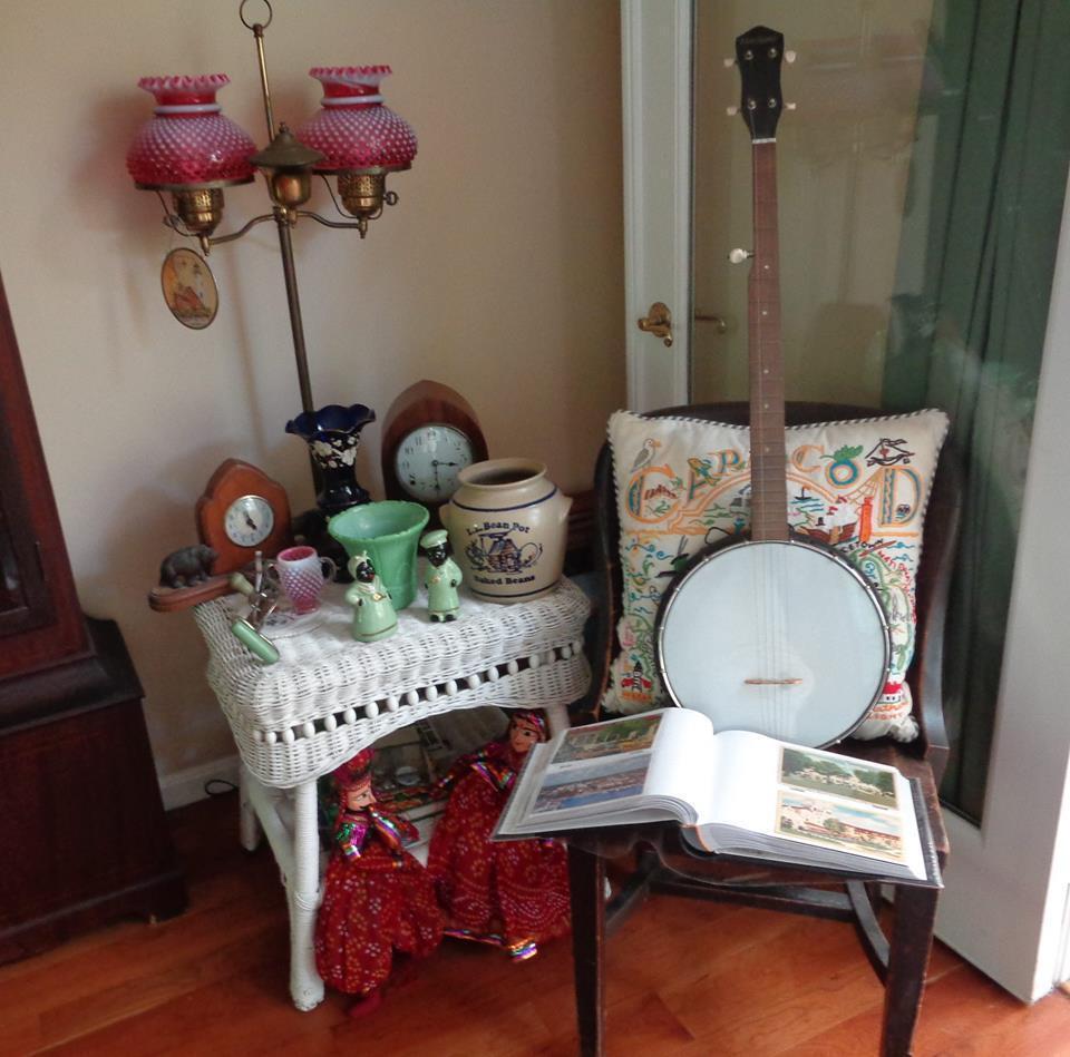 Lolo's Vintage Treasures