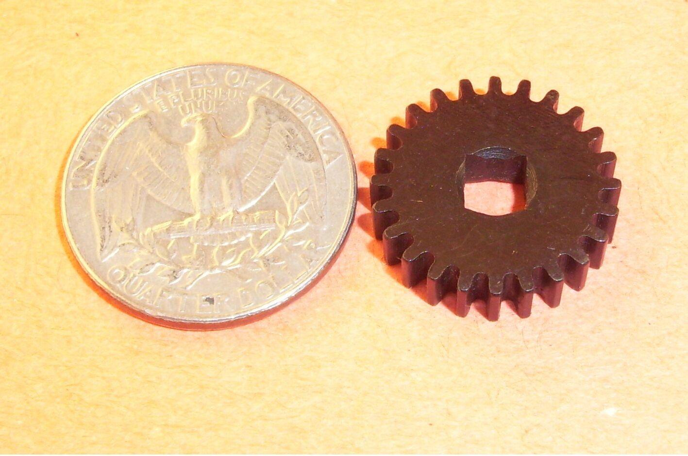 1 Gear Screw Shaft Eastman Cloth Cutting Machine 87c3-50 87c350