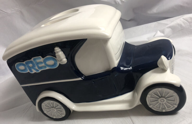 Cookie Jar Nabisco Classics Collection 1912 Studebaker OREO Delivery Truck Car