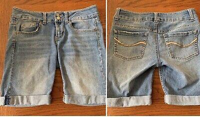 SO~Juniors Blue Denim Jean Stretch Cuffed Bermuda Shorts~Five Pocket~Size 5 Bermuda Five Pocket Shorts