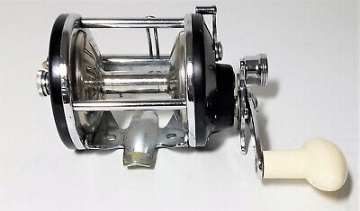 Vintage True Temper 923C Bait Casting Fishing Reel Level Wind USA with Box