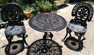 Cast iron table and chairs garden gumtree australia for Outdoor furniture launceston
