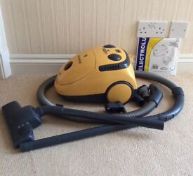 ELECTROLUX, THE BOSS VACUUM CLEANER