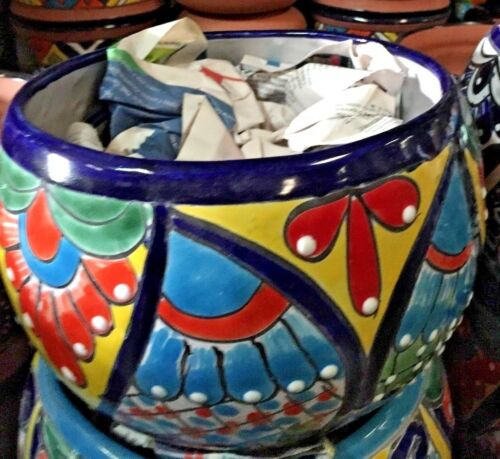 """TALAVERA MEXICAN POTTERY -  OVAL 7"""" PLANTER   **FREE FREIGHT***"""