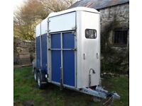 Ifor Williams HB505 horse trailer in blue