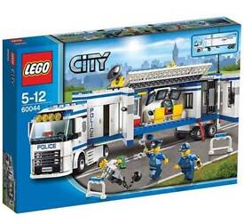 *New* Lego City Police 60044 Mobile Police Unit Set